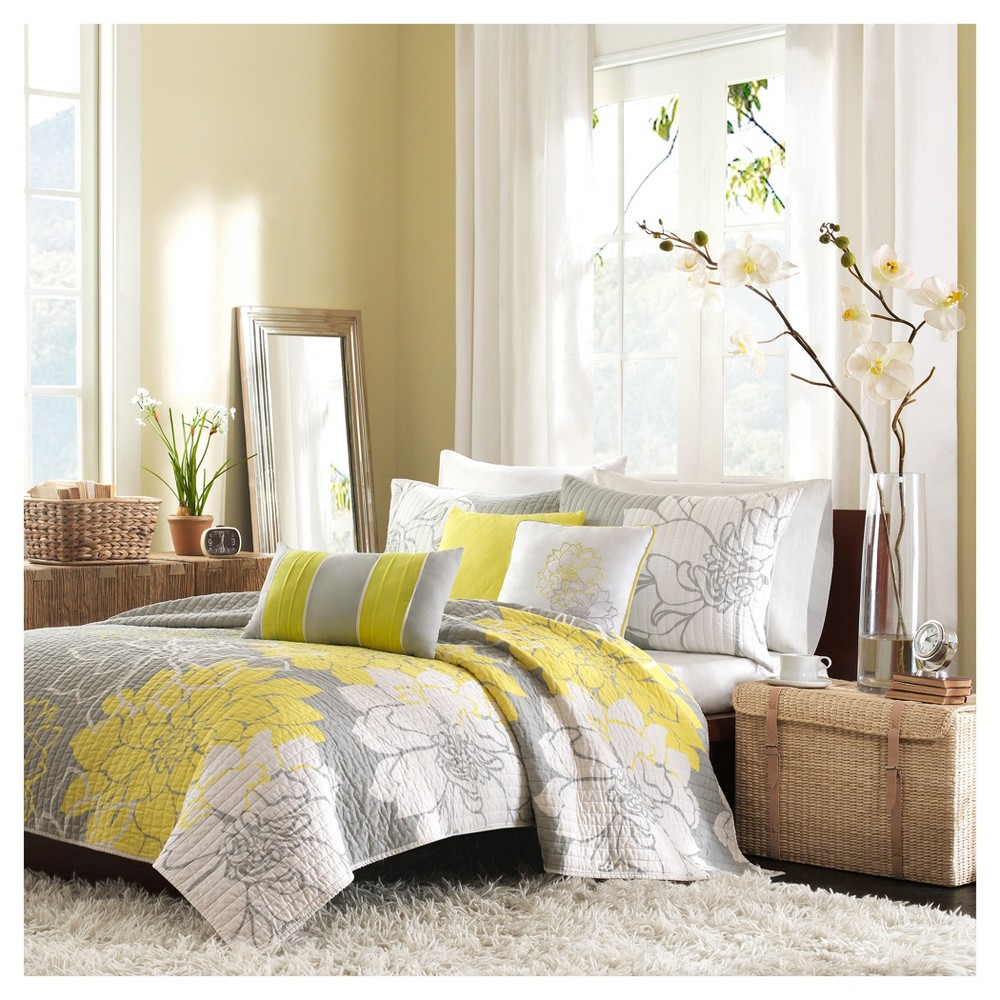 Yellow Victoria Printed Quilt Set King 6pc