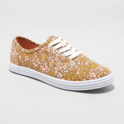 Women's Lunea Floral Printed Apparel Sneakers - Universal Thread™