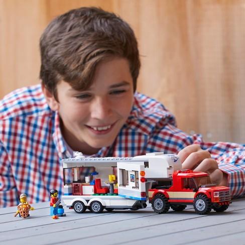 LEGO City Great Vehicles Pickup & Caravan 60182
