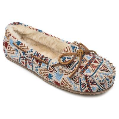 Minnetonka Women's Textile Mosaic  Cally Slipper