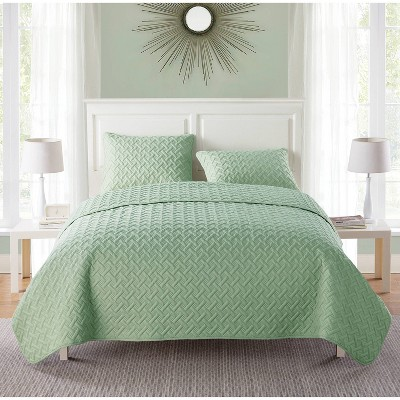Nina Embossed Quilt Set - VCNY Home