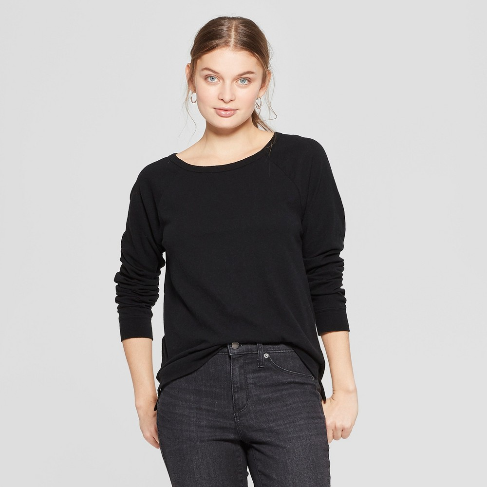 Women's Long Sleeve Crew Neck T-Shirt - Universal Thread Black Xxl