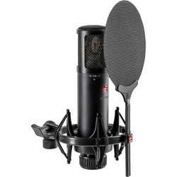 sE Electronics sE2300 microphone with shock mount,pop filter and thread adapter Black