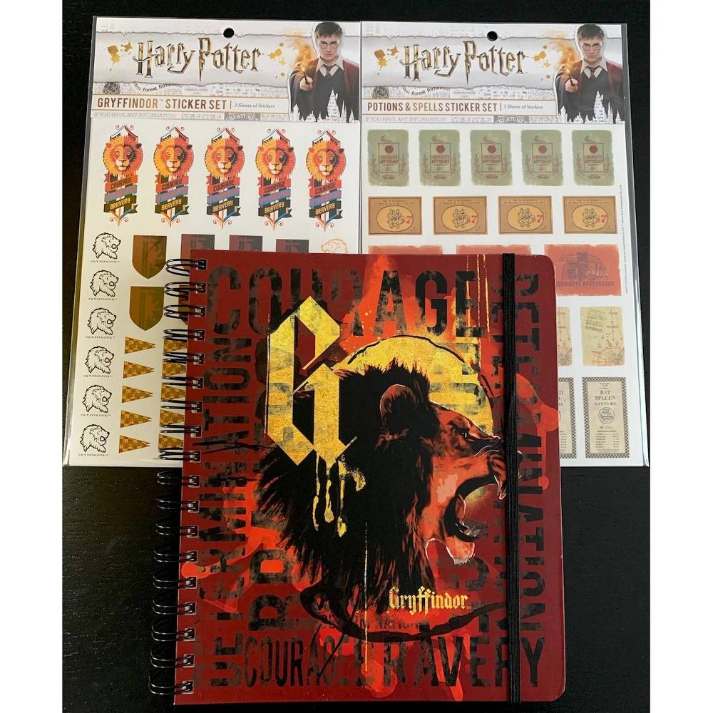"Image of ""2020 Harry Potter Conquest Planner 7"""" x 9"""" with Stickers - Gryffindor"""