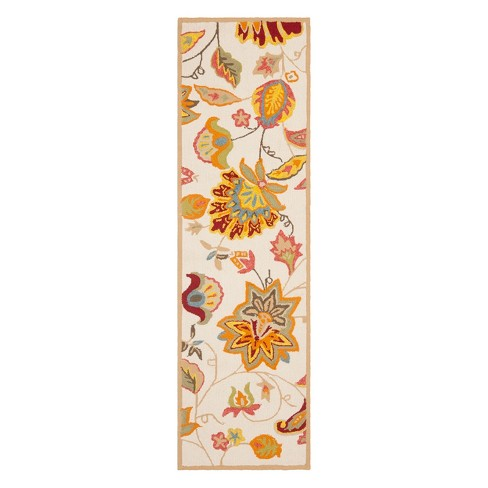 Hooked Tarent Floral Accent Rug - Safavieh - image 1 of 2