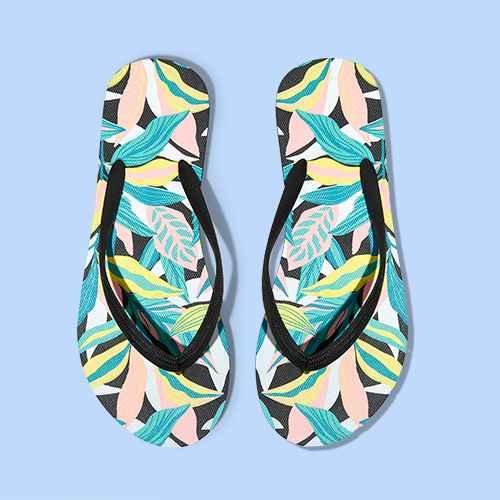 Women's Brynn Flip Flop Sandals - Shade & Shore™ Black Tropical 6