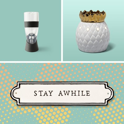 Thoughtful (and oh-so-practical) housewarming gifts that shout 'welcome home'.