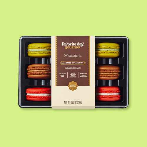 Macarons Assorted Collection - 8.25oz/9ct - Favorite Day™