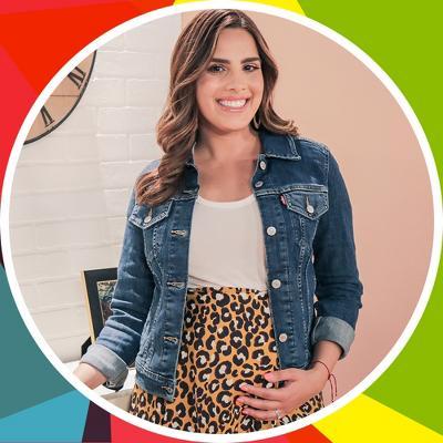 Andrea Chediak, reporter and Juntos We Shine podcast host