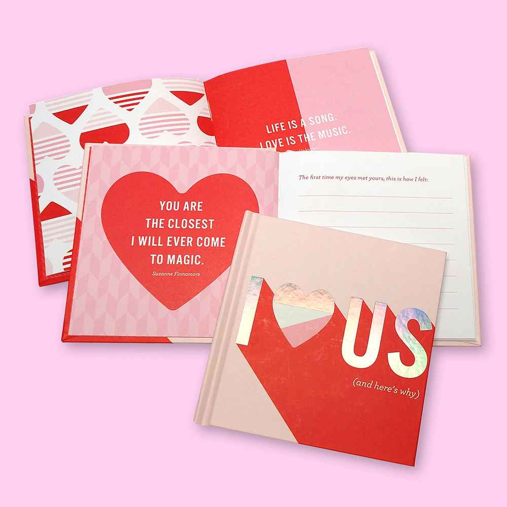 """""""I Love Us"""" Fill in Gift Books Red"""
