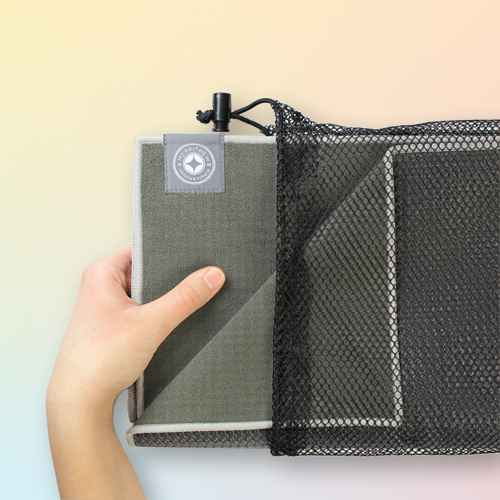 Merrithew Folding Travel Yoga Mat - Gray (1.4mm)