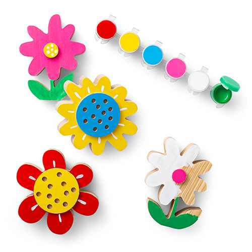 4ct Paint-Your-Own Wood Flowers Kit - Mondo Llama™