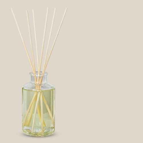 4 fl oz Harvest Spice Seasonal Oil Diffuser - Hearth & Hand™ with Magnolia