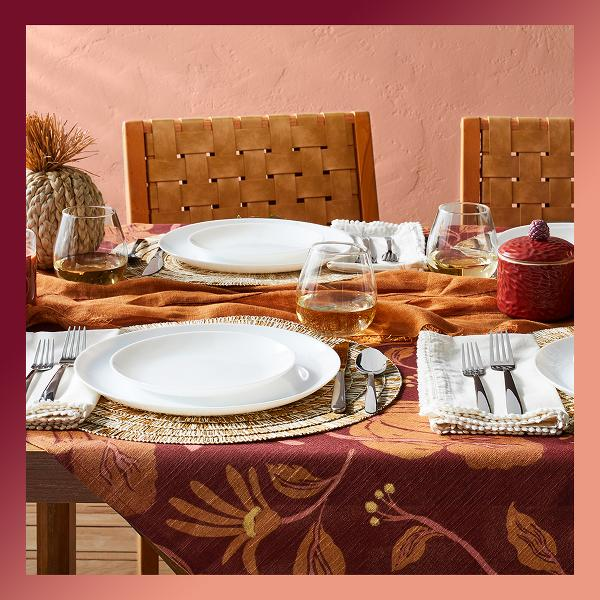 Celebrate your chosen family with a Friendsgiving feast.