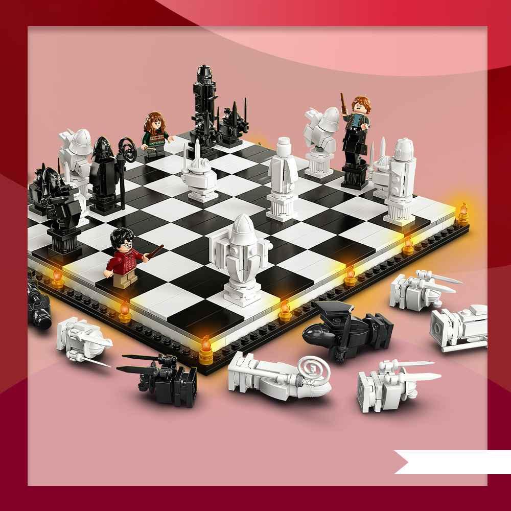LEGO Harry Potter Hogwarts Wizard's Chess 76392 Building Kit