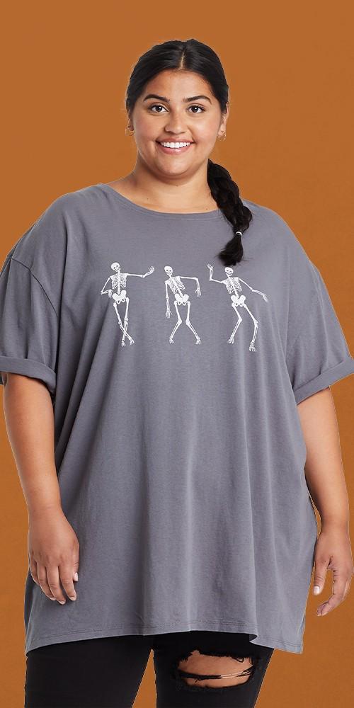 Women's Plus Size Halloween Dancing Skeleton Short Sleeve Oversized Graphic T-Shirt - Gray 2X/3X