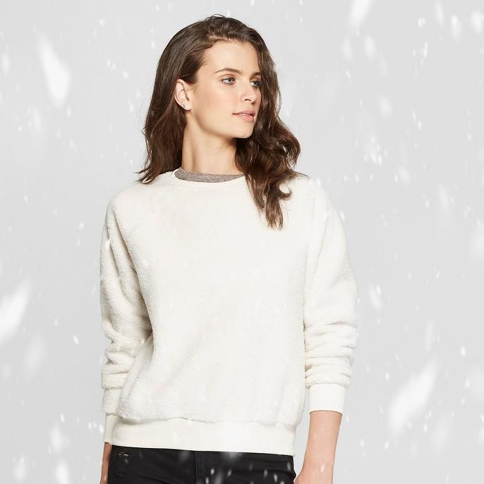 Women's Sherpa Sweatshirt - Universal Thread™