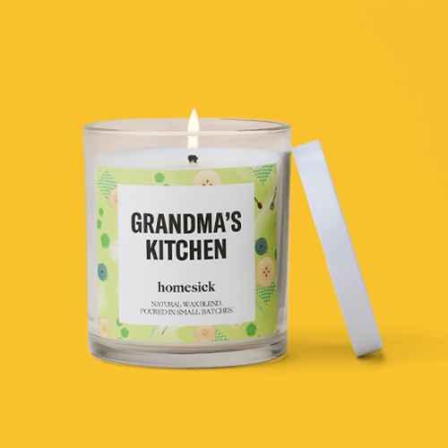 7.5oz Grandma's Kitchen Candle - Homesick