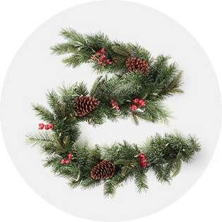 Christmas Decorations Garlands.Christmas Wreaths Garland Target